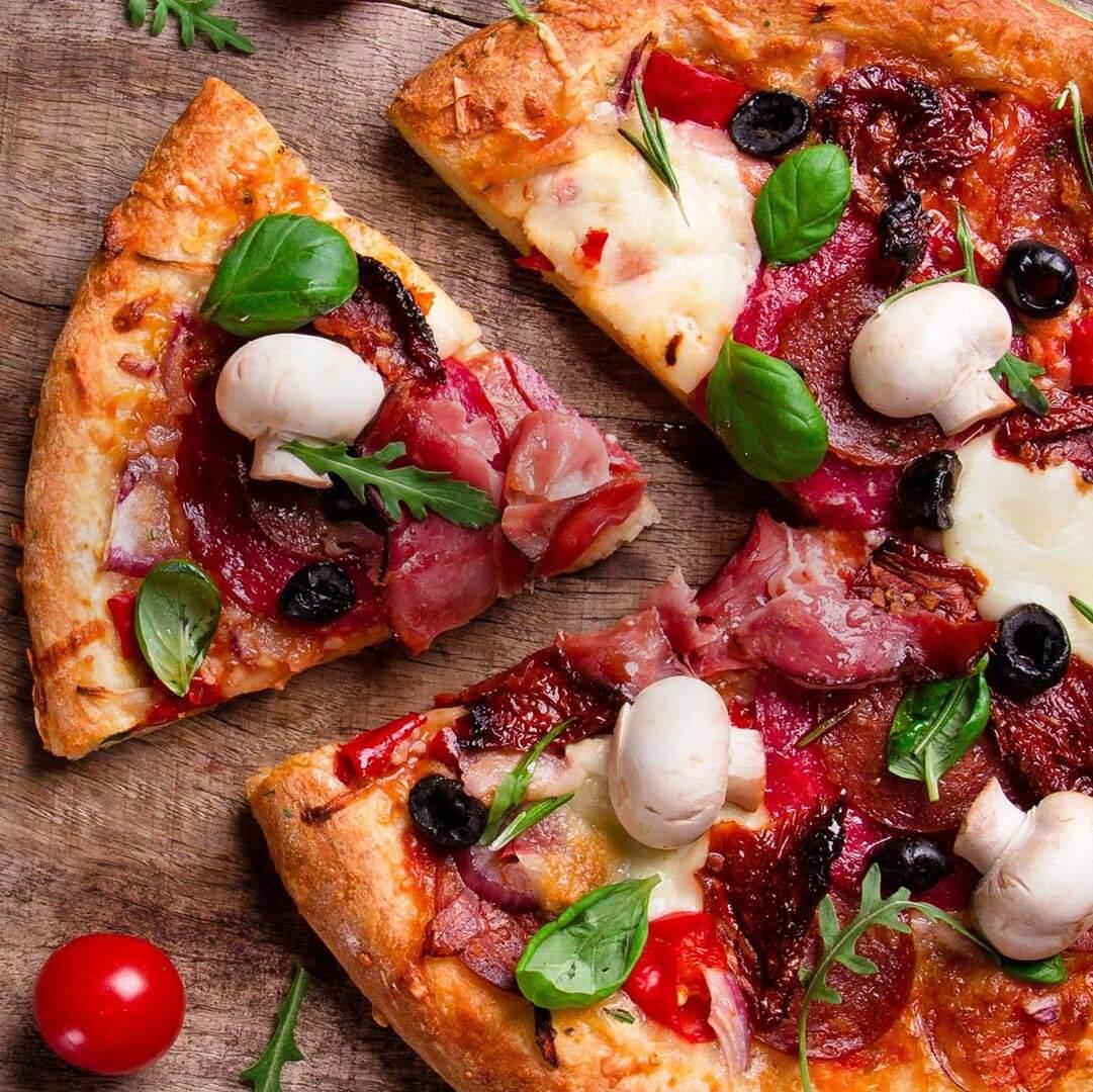 Пицца на яхте